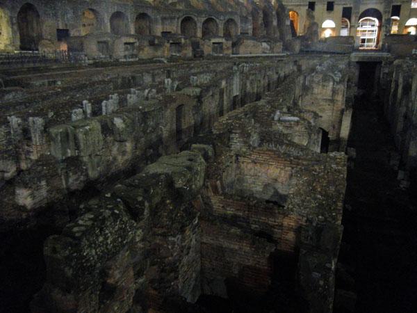 Colosseo_Roma_viaggiandovaldi
